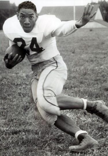 Edmondson High School seatback Maurice Blow. (Joseph DiPaola/Baltimore Sun, 1959)