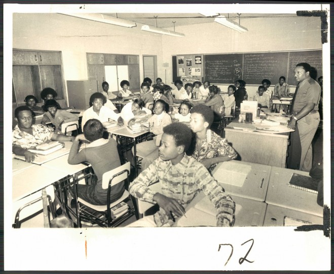A picture of students at Cherry Hill James High School on Oct. 3, 1974. (Baltimore Sun photo by Clarence B. Garrett)