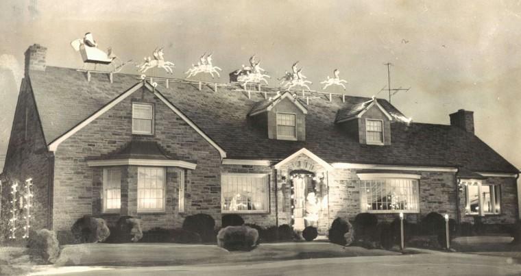 Arthur Gnau home Christmas display. (Baltimore Sun, 1956)