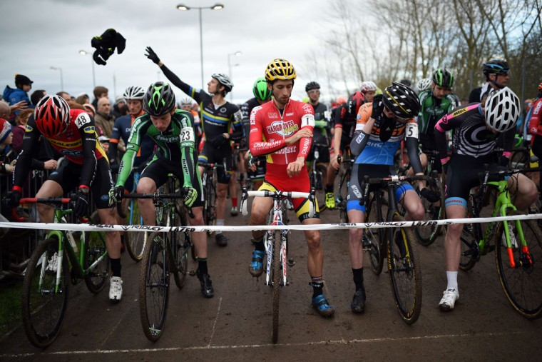 Riders prepare to start the Elite Men's Championship of the 2016 British Cycling National Cyclo-Cross Championships at Shrewsbury Sports Village on January 10, 2016 in Shrewsbury, Central England. (OLI SCARFF/AFP/Getty Images)