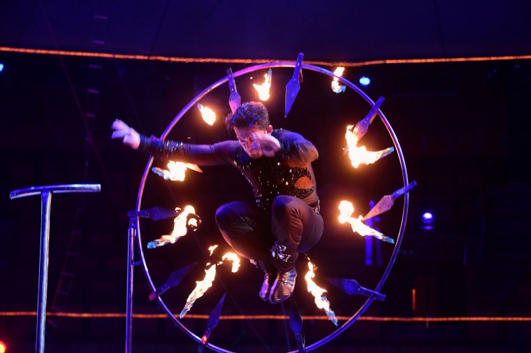 Wire actor Nicol Nicols of Spain performs at the Capital Circus during the 11th edition of the International Circus Festival on January 8, 2016 in Budapest. The festival takes place from January 7 to 11, 2016. (ATTILA KISBENEDEK/AFP/Getty Images)