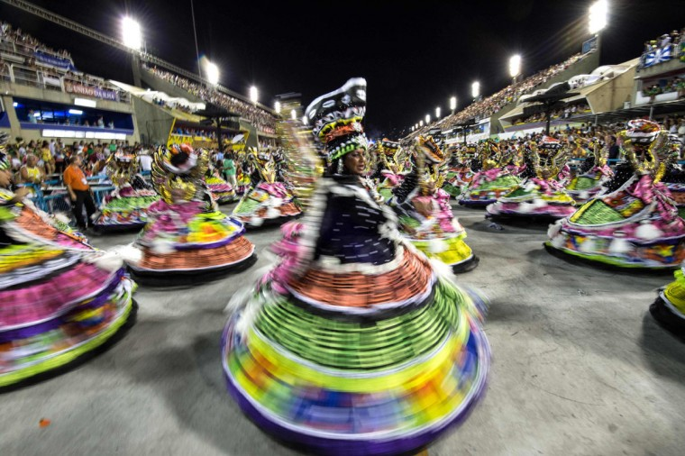 Revelers of Estacio de Sa samba school perform during the first night of the carnival parade at the Sambadrome in Rio de Janeiro, on february 07, 2016, Brazil. (AFP Photo/Christophe )