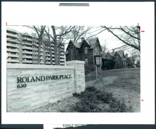 A view of Roland Park Place on April 4, 1986. (Baltimore Sun photo)