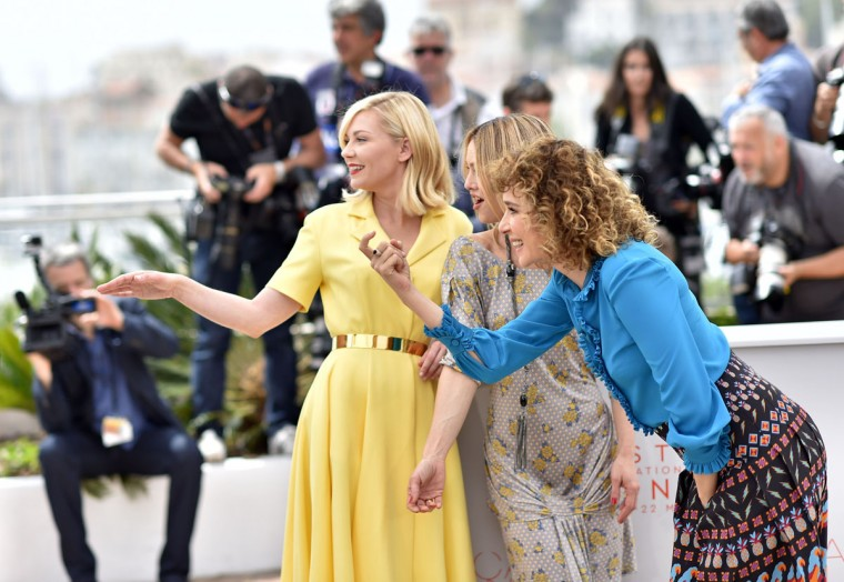 Members of the Jury (fromL) US actress and member of the Jury Kirsten Dunst, French actress / singer and member of the Jury Vanessa Paradis and Italian actress / director and member of the Jury Valeria Golino pose on May 11, 2016 during a photocall ahead of the opening of the 69th Cannes Film Festival in Cannes, southern France. (AFP PHOTO / LOIC VENANCELOIC VENANCE/AFP/Getty Images)