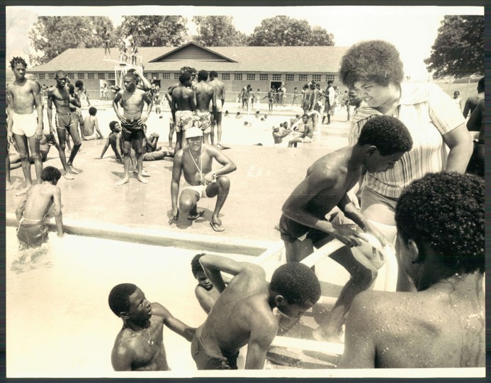Carol Gibson, manager of the public pool in Druid Hill Park, June 30, 1978. (Phillips/Baltimore Sun)