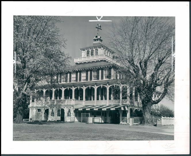 """""""Racing people are very sentimental,"""" says Jacques Kelly, a Sun reporter who was 16 the night the Pimlico Club House burned to the ground. The Victorian-style Pimlico Club House, at the time touted as the oldest in American racing, had been an important gathering point for racing fans. (The Baltimore Sun)"""