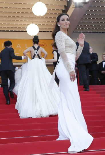 Actress Eva Longoria poses for photographers upon arrival for the screening of the film Cafe Society and the Opening Ceremony at the 69th international film festival, Cannes, southern France, Wednesday, May 11, 2016. (AP Photo/Thibault Camus)