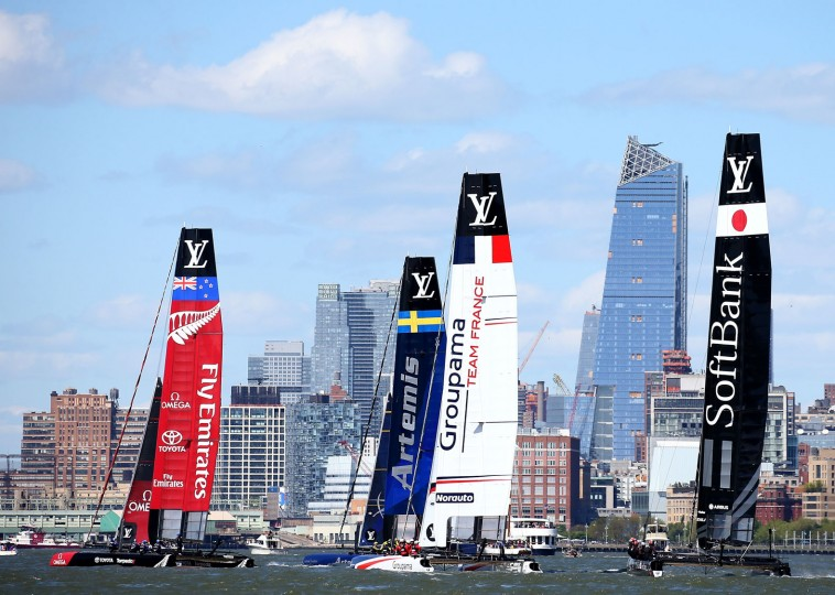 The teams take off during the start during Day 2 of the Louis Vuitton America's Cup World Series Racing on May 8, 2016 on the Hudson River in New York City. Teams from six nations are competing for points that go toward the America's Cup final in Bermuda in 2017. (Photo by Elsa/Getty Images)