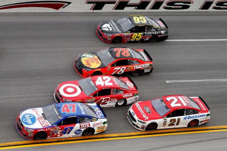 AJ Allmendinger, driver of the #47 Kroger/Hungry Jack/Crisco Chevrolet, Kyle Larson, driver of the #42 Target Chevrolet, Martin Truex Jr, driver of the #78 Bass Pro Shops/TRACKER Boats Toyota, Michael McDowell, driver of the #95 Thrivent Financial Chevrolet, and Ryan Blaney, driver of the #21 Motorcraft/Quick Lane Tire & Auto Center Ford, race during the NASCAR Sprint Cup Series GEICO 500 at Talladega Superspeedway on May 1, 2016 in Talladega, Alabama. (Photo by Brian Lawdermilk/Getty Images)