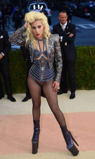Lady Gaga arrives for the Costume Institute Benefit at The Metropolitan Museum of Art May 2, 2016 in New York. / AFP PHOTO / TIMOTHY A. CLARYTIMOTHY A. CLARY/AFP/Getty Images