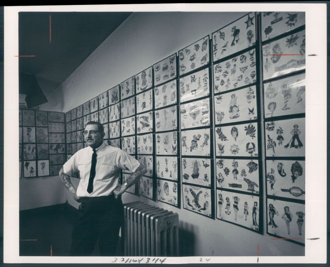 """A 1967 photo of """"Tattoo Charlie"""" Geizer from The Sun archives. (Stacks/ Baltimore Sun)"""