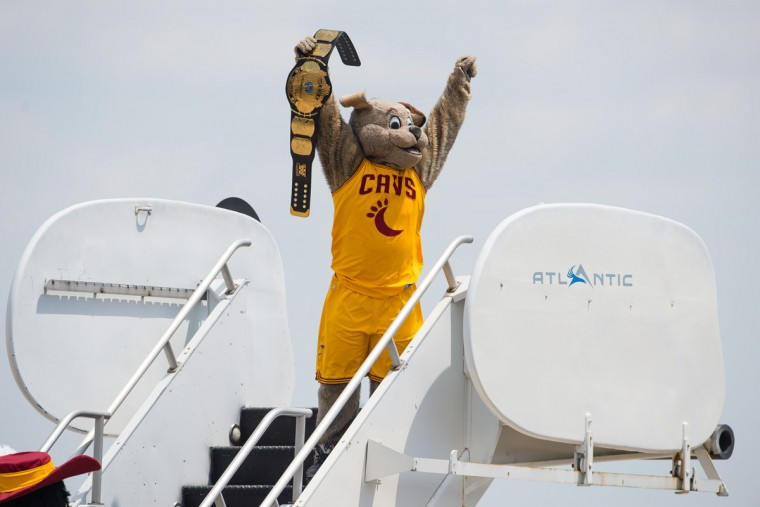 The Cleveland Cavaliers mascot, Moon Dog, cheers on the fans prior to the arrival of the Cavs players return to Cleveland after winning the NBA Championship on June 20, 2016 in Cleveland, Ohio. (Photo by Jason Miller/Getty Images)