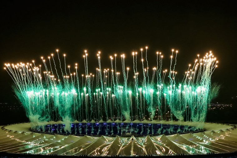 RIO DE JANEIRO, BRAZIL - AUGUST 21: Fireworks explode during the Closing Ceremony 2016 Olympic Games at Maracana Stadium on August 21, 2016 in Rio de Janeiro, Brazil. (Photo by Buda Mendes/Getty Images)