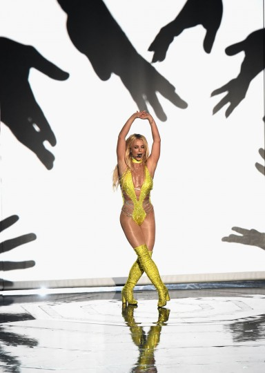 Britney Spears performs onstage during the 2016 MTV Video Music Awards at Madison Square Garden on August 28, 2016 in New York City. (Photo by Michael Loccisano/Getty Images)