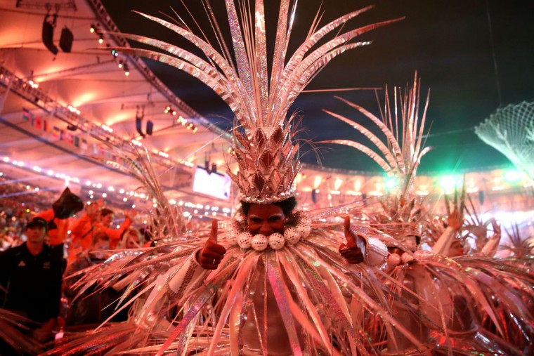 RIO DE JANEIRO, BRAZIL - AUGUST 21: Dancers perform during the Closing Ceremony on Day 16 of the Rio 2016 Olympic Games at Maracana Stadium on August 21, 2016 in Rio de Janeiro, Brazil. (Photo by Cameron Spencer/Getty Images)