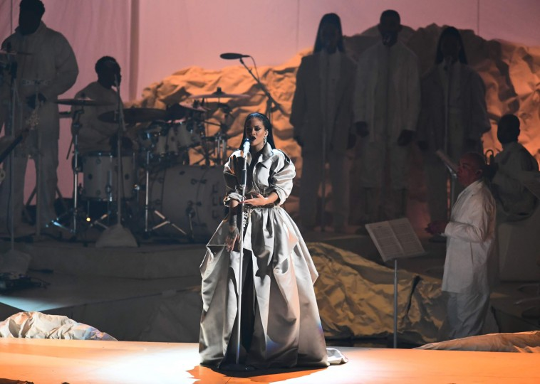 Rihanna speaks on stage during the 2016 MTV Video Music Awards at the Madison Square Garden in New York on August 28, 2016. (Jewel Samad/AFP/Getty Images)