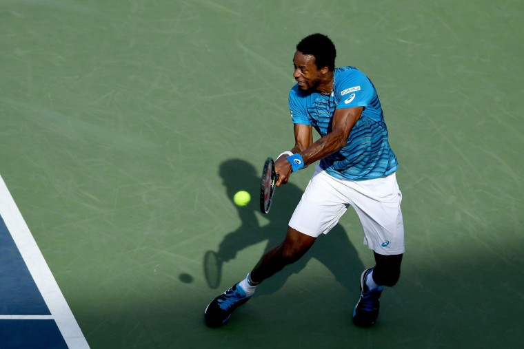 Gael Monfils of France returns a shot to Nicolas Almagro of Spain during his third round Men's Singles match on Day Five of the 2016 US Open at the USTA Billie Jean King National Tennis Center on September 2, 2016 in the Flushing neighborhood of the Queens borough of New York City. (Photo by Mike Hewitt/Getty Images)