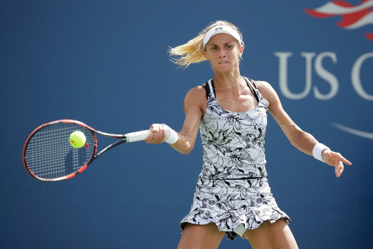 Lesia Tsurenko of the Ukraine returns a shot to Dominika Cibulkova of Slovakia during her third round Women's Singles match on Day Five of the 2016 US Open at the USTA Billie Jean King National Tennis Center on September 2, 2016 in the Flushing neighborhood of the Queens borough of New York City. (Photo by Andy Lyons/Getty Images)