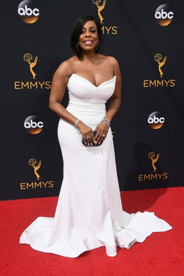 LOS ANGELES, CA - SEPTEMBER 18: Actress Niecy Nash attends the 68th Annual Primetime Emmy Awards at Microsoft Theater on September 18, 2016 in Los Angeles, California. (Photo by Frazer Harrison/Getty Images)
