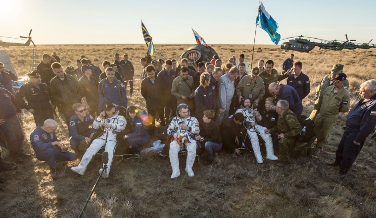 NASA astronaut Jeff Williams of the US (L), Russian cosmonaut Alexey Ovchinin of Roscosmos (C), and Russian cosmonaut Oleg Skripochka of Roscosmos sit in chairs outside the Soyuz TMA-20M spacecraft a few moments after they landed in a remote area near the town of Zhezkazgan, Kazakhstan on Wednesday, September 7, 2016 (Kazakh time). Williams, Ovchinin, and Skripochka are returning after 172 days in space where they served as members of the Expedition 47 and 48 crews onboard the International Space Station. Russian cosmonaut Alexey Ovchinin of Roscosmos rests in a chair outside the Soyuz TMA-20M spacecraft a few moments after he and NASA astronaut Jeff Williams, and Russian cosmonaut Oleg Skripochka of Roscosmos landed in a remote area near the town of Zhezkazgan, Kazakhstan onon Wednesday, September 7, 2016 (Kazakh time). Williams, Ovchinin, and Skripochka are returning after 172 days in space where they served as members of the Expedition 47 and 48 crews onboard the International Space Station. The Soyuz TMA-20M spacecraft is seen as it lands with Expedition 48 crew members, NASA astronaut Jeff Williams, Russian cosmonauts Alexey Ovchinin, and Oleg Skripochka of Roscosmos near the town of Zhezkazgan, Kazakhstan on Wednesday, September 7, 2016(Kazakh time). Williams, Ovchinin, and Skripochka are returning after 172 days in space where they served as members of the Expedition 47 and 48 crews onboard the International Space Station. (AFP PHOTO / NASA / BILL INGALLS)