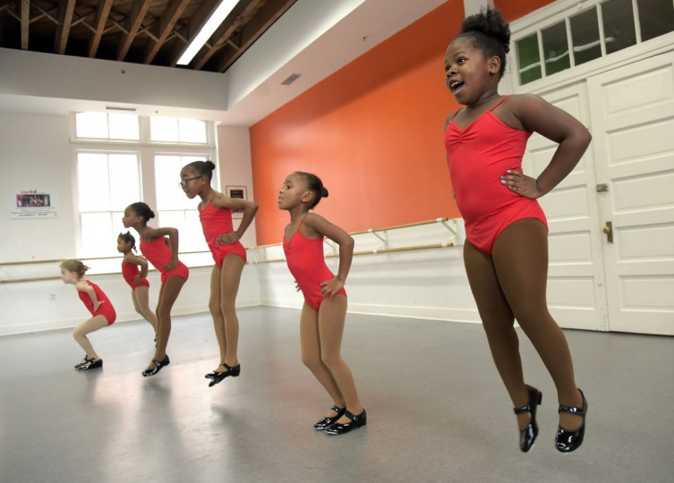 Practicing tap dance moves are students from right: Arielle Jones, 5; Madison Morgan, 5; London Westlyn, 7; Chloe Lee, 7, and Nola Regan, 6. (Algerina Perna/Baltimore Sun)
