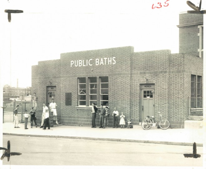 Outside a public bath in 1960, the year after the last public bath closed in Baltimore. (Baltimore Sun)