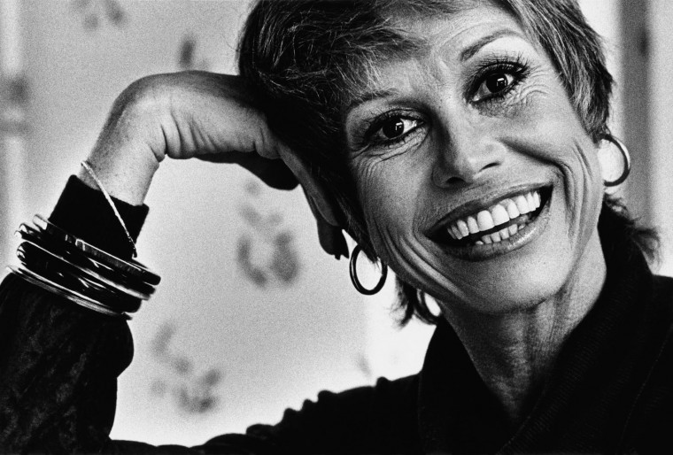 "LOS ANGELES, CA - 1979: Academy Award-nominated film and Emmy Award-winning television actress, Mary Tyler Moore, poses during a 1979 Los Angeles, California, photo portrait session. Mary Tyler Moore first appeared in the role of Laura Petrie on ""The Dick Van Dyke Show"" in the 1960s. (Photo by George Rose/Getty Images)"