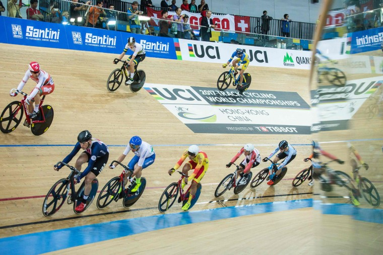 Competitors compete in the Men's Scratch Race Final at the Hong Kong Velodrome during the 2017 Track Cycling World Championships in Hong Kong on April 13, 2017. (Isaac Lawrence/AFP/Getty Images)