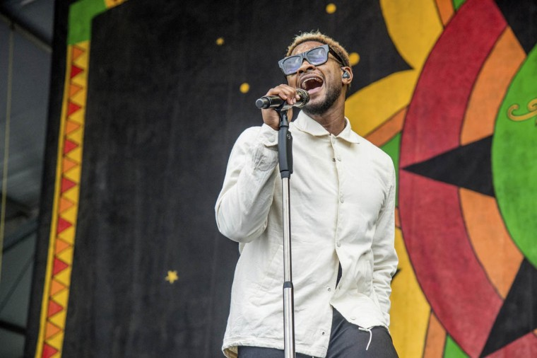 Usher performs with The Roots at the New Orleans Jazz and Heritage Festival on Saturday, April 29, 2017, in New Orleans. (Amy Harris/invision/AP)