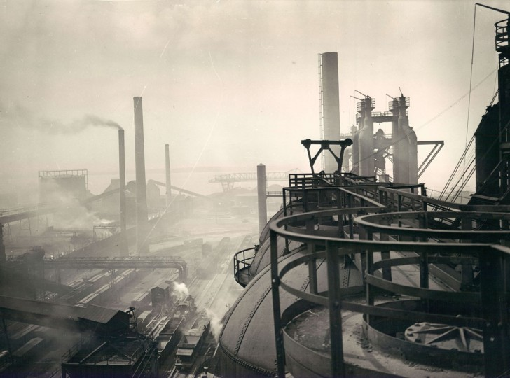 October 10, 1939 - Bethlehem Steel Company's Sparrow Point plant. In 1970, Bethlehem Steel ranked as one of the two top producers in Baltimore, producing over 115,000 tons of annual emissions, according to the Maryland Health Department. (Bodine/Baltimore Sun)