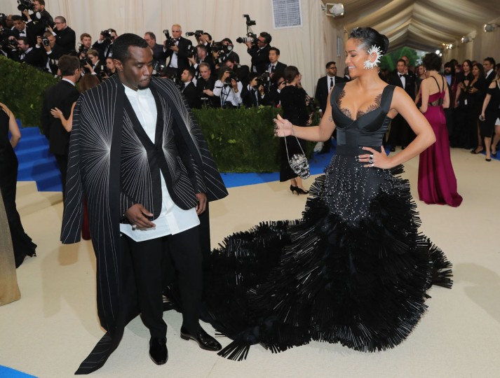 """NEW YORK, NY - MAY 01: Sean """"Diddy"""" Combs (L) and Cassie attend the """"Rei Kawakubo/Comme des Garcons: Art Of The In-Between"""" Costume Institute Gala at Metropolitan Museum of Art on May 1, 2017 in New York City. (Photo by Neilson Barnard/Getty Images)"""