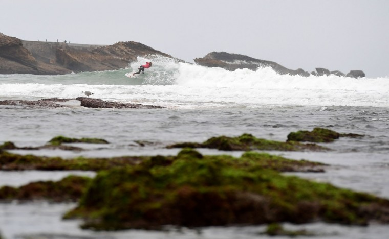 Brandon Benjamin of South Africa competes during the heats 24 - Round 1 on May 23, 2027 in Biarritz, southwestern France, during the 2017 ISA World Surfing Games. The event runs until May 28. (Franck Fife/AFP/Getty Images)