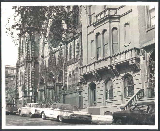 A view of 10 East Mount Vernon Place on Sept. 25, 1962. (Baltimore Sun photo)