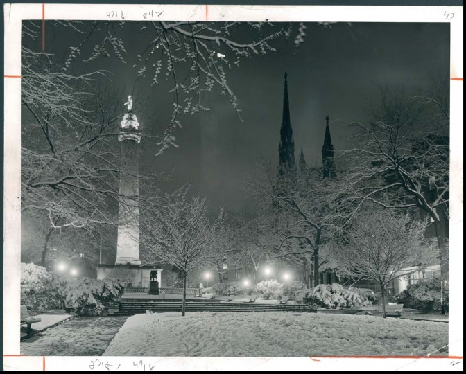View a silent, snowy Mount Vernon on December 23, 1956. (Photo by Sun photographer A. Aubrey Bodine)