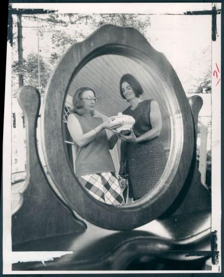Mrs Richard Dunlap, Mrs William B. Thompson, Towsontown Festival 1972