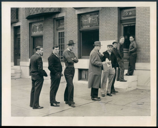 Draft registration line in Highlandtown, photo dated October 19, 1940. (Baltimore Sun)