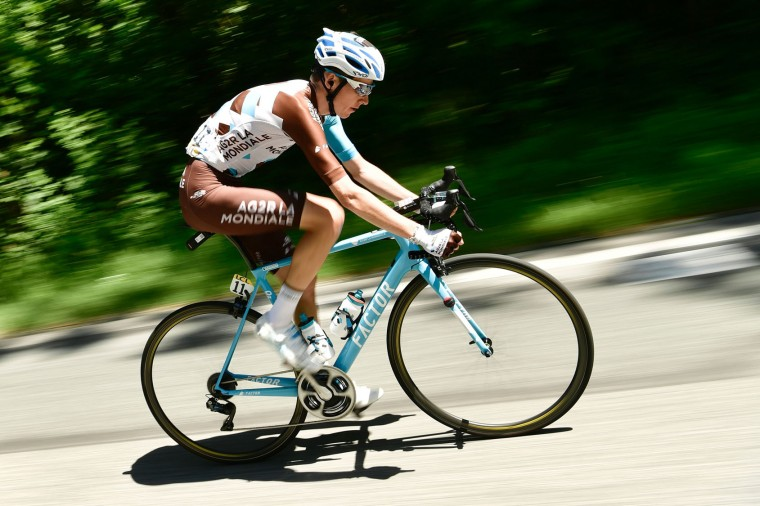 France's Romain Bardet rides during the 147,5 km sixth stage of the 69th edition of the Criterium du Dauphine cycling race on June 9, 2017 between Villars-les-Dombes and La Motte-Servolex. (Philippe Lopze/AFP/Getty Images)
