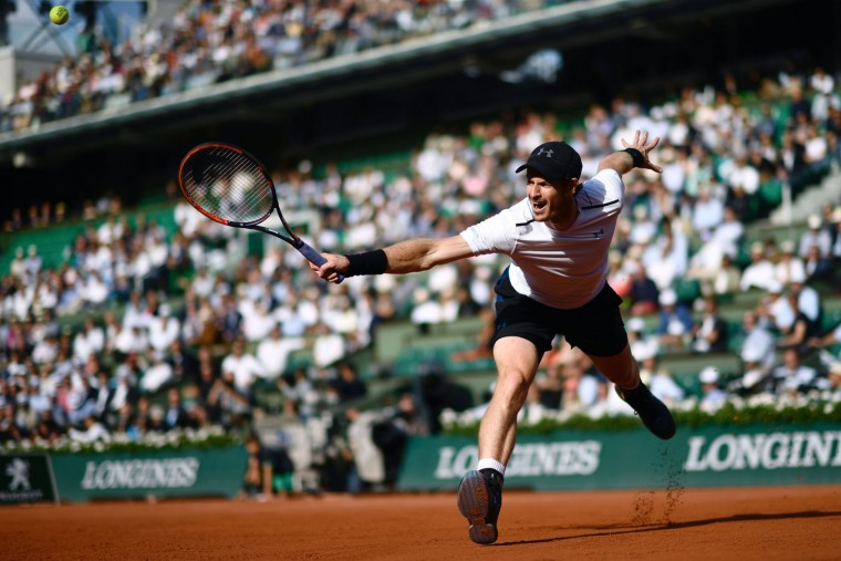 Britain's Andy Murray returns the ball to Japan's Kei Nishikori during their tennis match at the Roland Garros 2017 French Open on June 7, 2017 in Paris. (Christophe Simon/AFP/Getty Images)