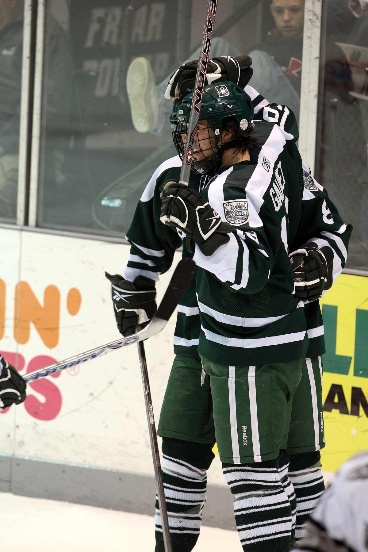 Dartmouth Men s Hockey Set to Host Ledyard National Bank Classic ... 591b96188
