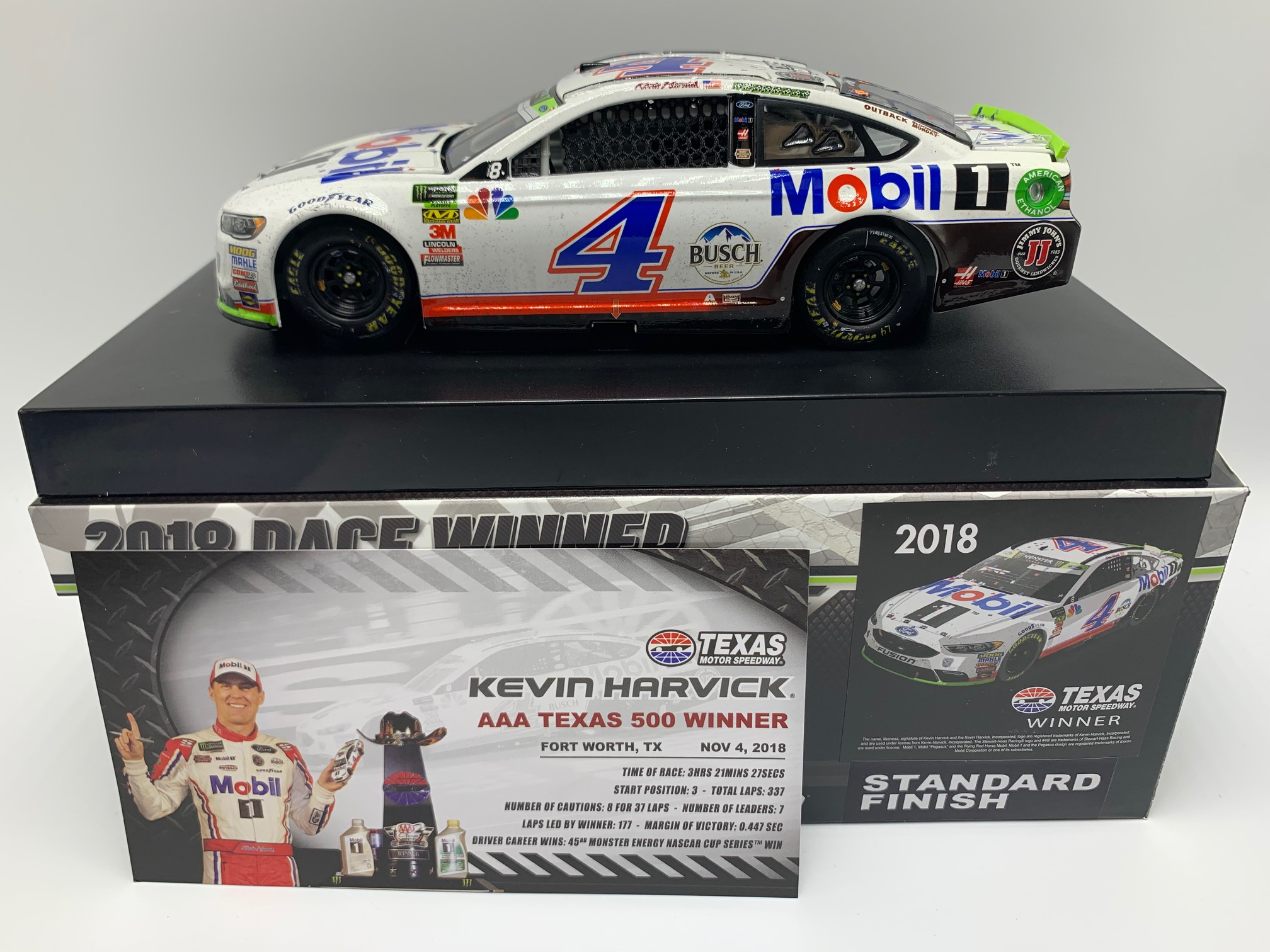 KEVIN HARVICK 2018 MOBIL 1 TEXAS RACED WIN 1:24 ARC DIECAST - DIN # 1 !