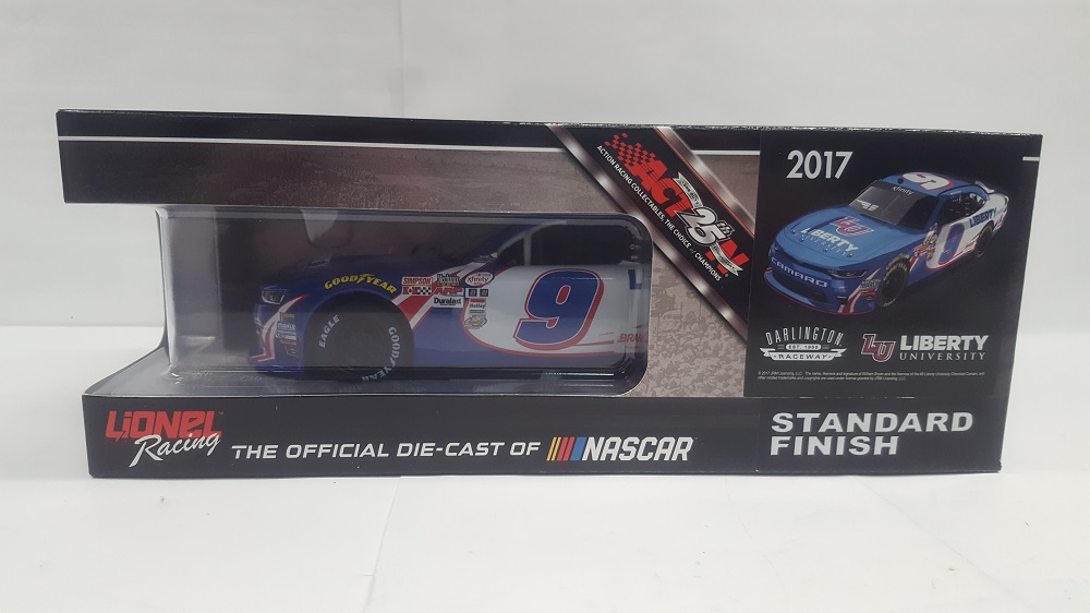 WILLIAM BYRON 2017 LIBERTY UNIVERSITY DARLINGTON THROWBACK 1:24 AUTOGRAPHED SAMPLE DIECAST