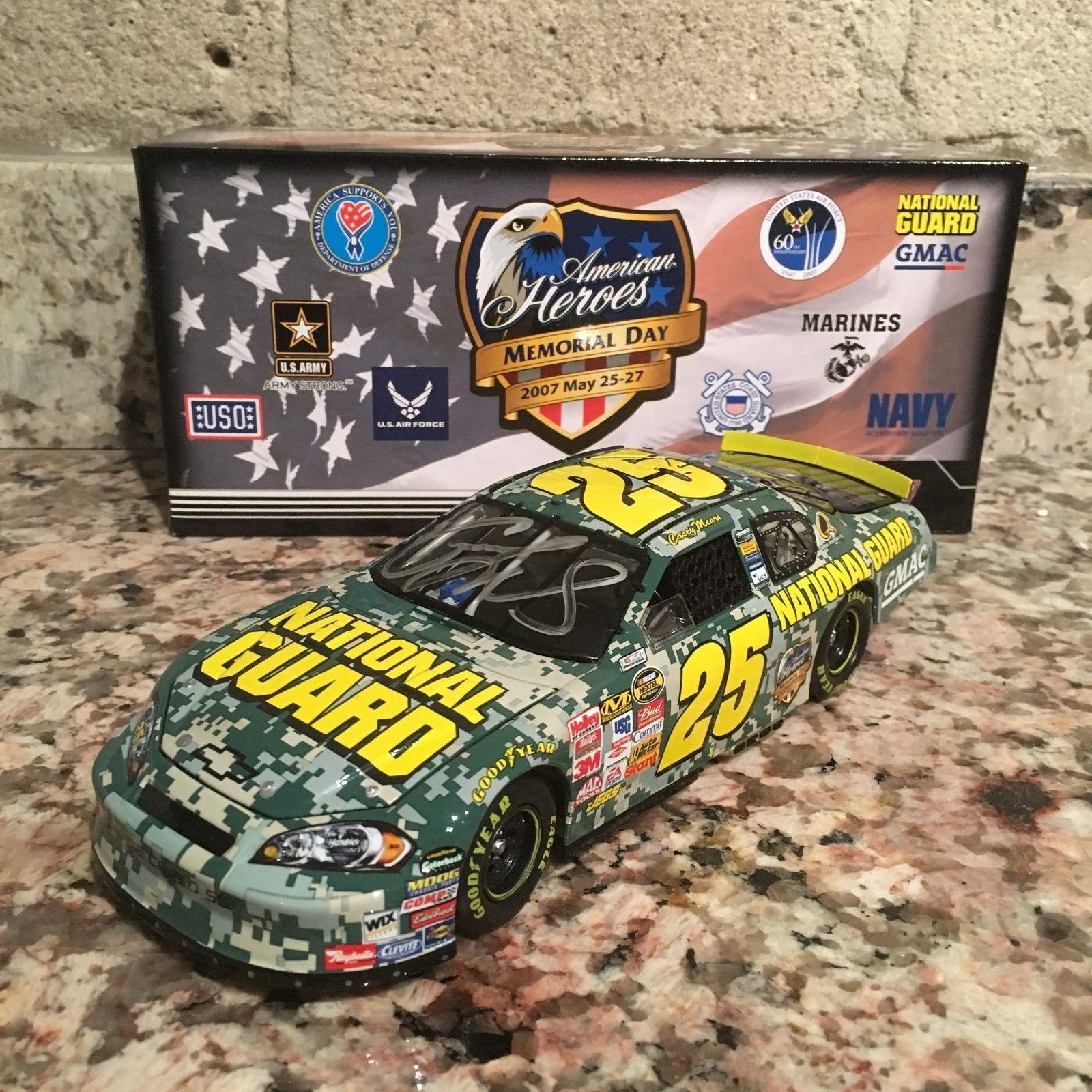 Autographed Casey Mears No. 25 National Guard American Heroes 2007 1:24 Die Cast