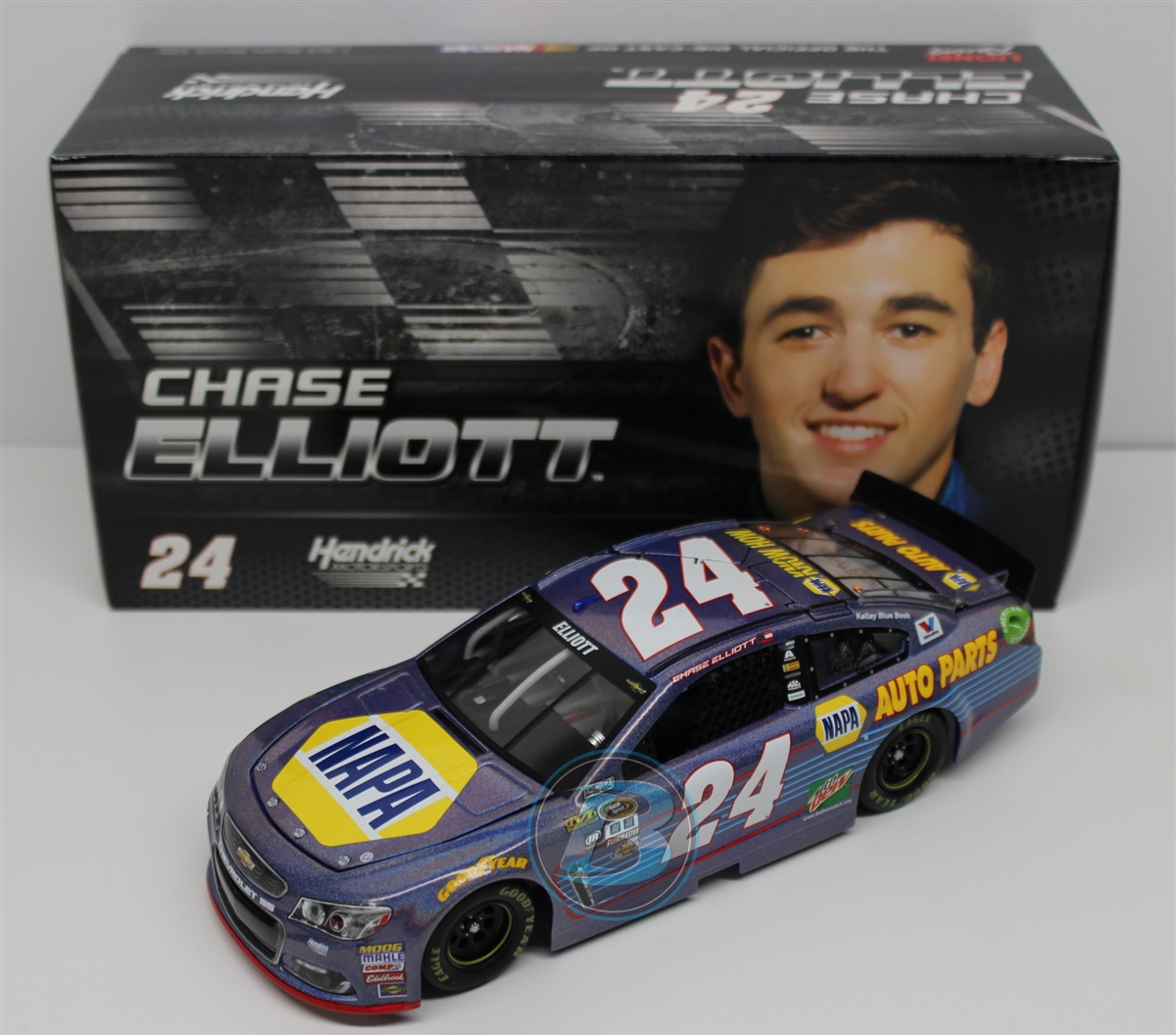 2016 Chase Elliott HOTO Flashcoat Color NAPA
