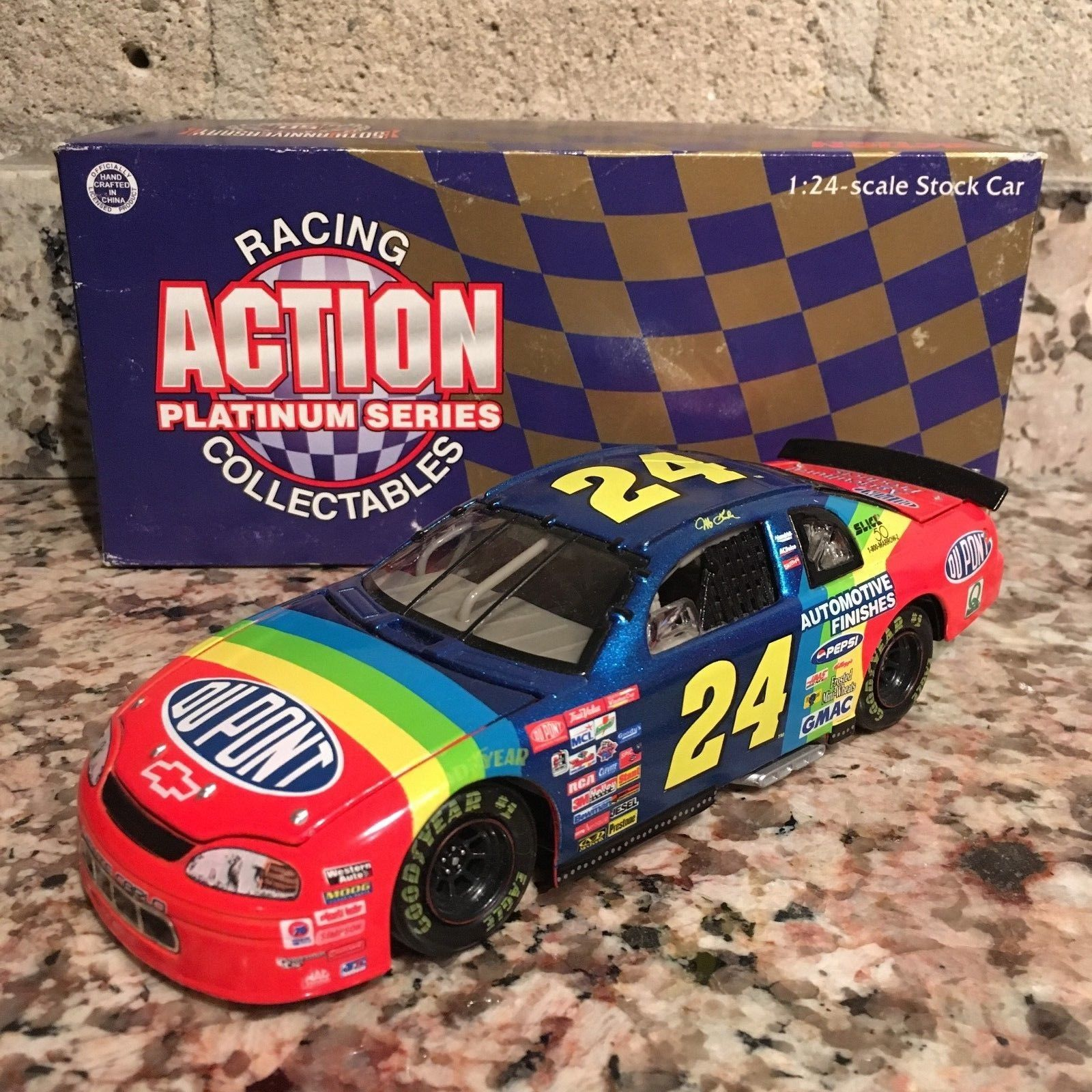 Jeff Gordon No. 24 DuPont 1998 Chevy Monte Carlo 1:24 Die Cast Car