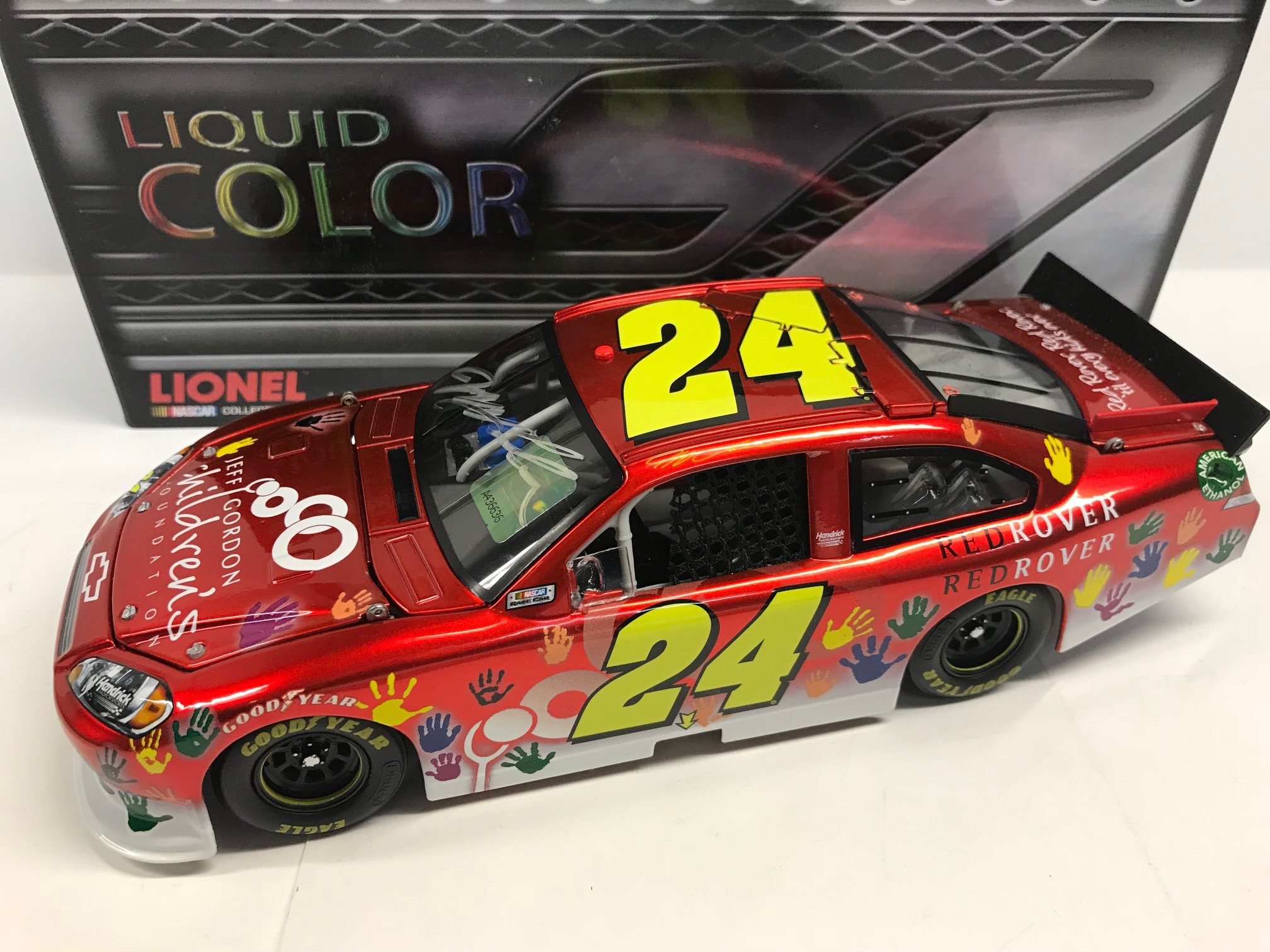 JEFF GORDON 2011 JEFF GORDON CHILDREN'S FOUNDATION 1:24 AUTOGRAPHED LIQUID COLOR ARC
