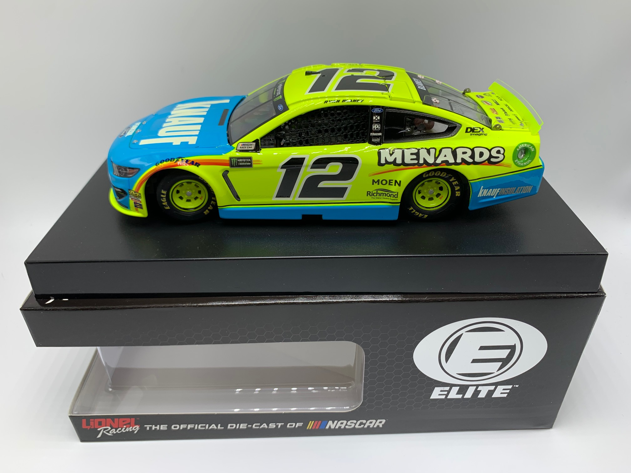 R BLANEY 1/24 ELITE MENARDS KNAUF INSULATION 19 MUSTANG - DIN #1