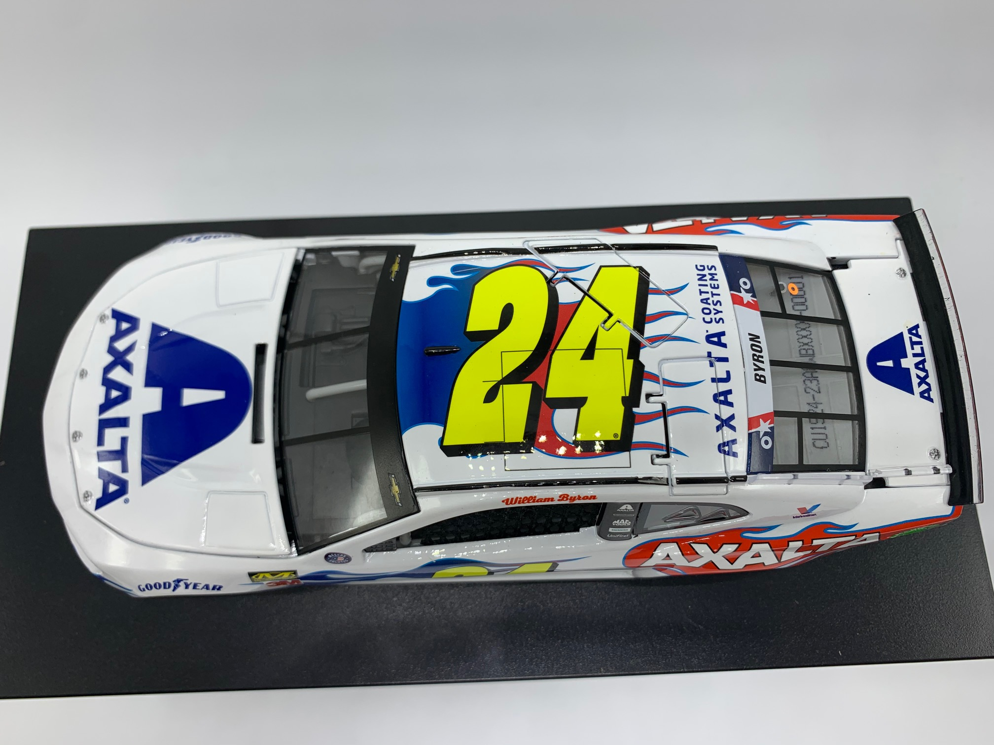 WILLIAM BYRON 2019 AXALTA FLAMES OF INDEPENDENCE 1:24 ARC DIECAST - DIN #1