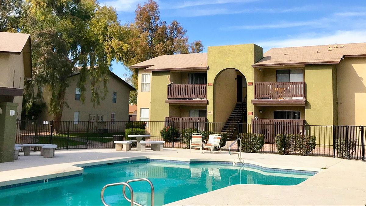 Artisan Park | 9350 North 67th Avenue, Glendale, AZ 85302 | 198 Units | $22,600,000 | $114,141 Per Unit | $142.07 Per SF