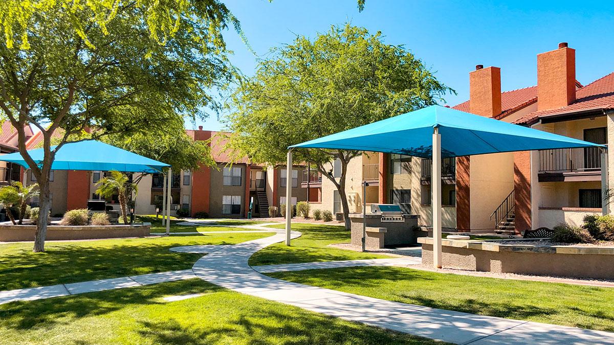 Serafina at South Mountain | 11025 South 51st Street, Phoenix, AZ 85044 | 183 Units | $27,450,000 | $150,000 Per Unit | $179.90 Per SF