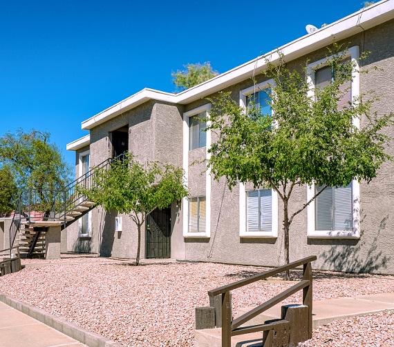 Denton Apartments | 1603 West Denton Lane, Phoenix, AZ 85015 | 30 Units | Built in 1980 | $1,335,000 | $44,500 Per Unit | $95.36 Per SF